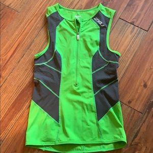 2XU green gray cycling triathlon shirt medium